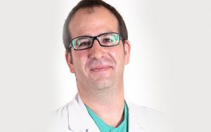 Dr. Alfonso Duque, especialista en VPH de la Unidad de la Mujer