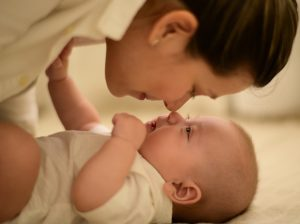 """Lactancia artificial: """"¿no voy a tener el mismo vínculo con mi bebé?"""""""