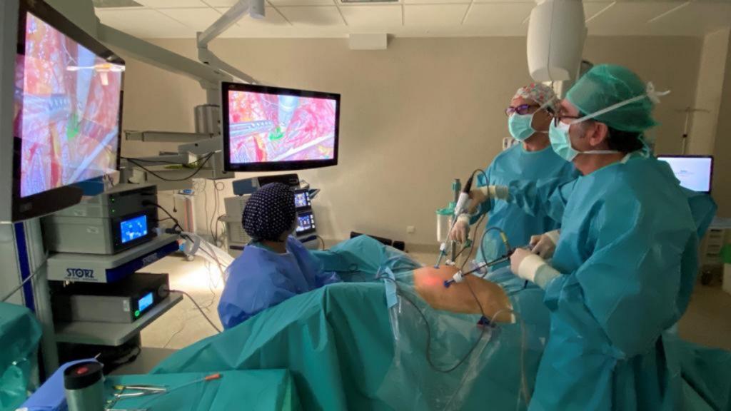 Cirugía mínimamente invasiva